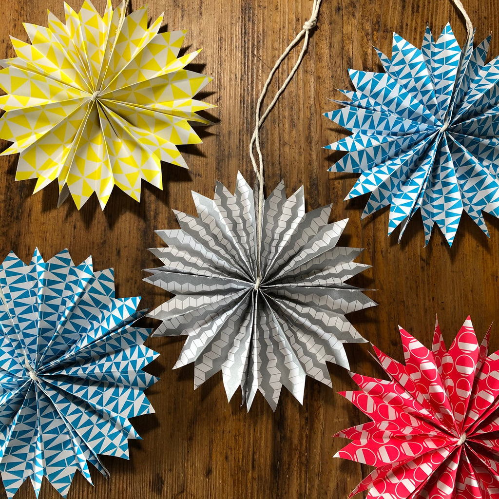 Osity patterned paper origami star decoration tutorial