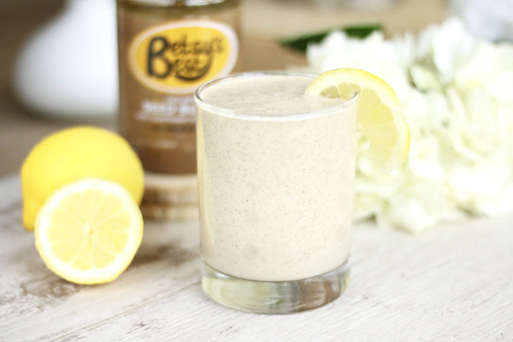 A refreshing healthy smoothie for summer - lemon pie flavored