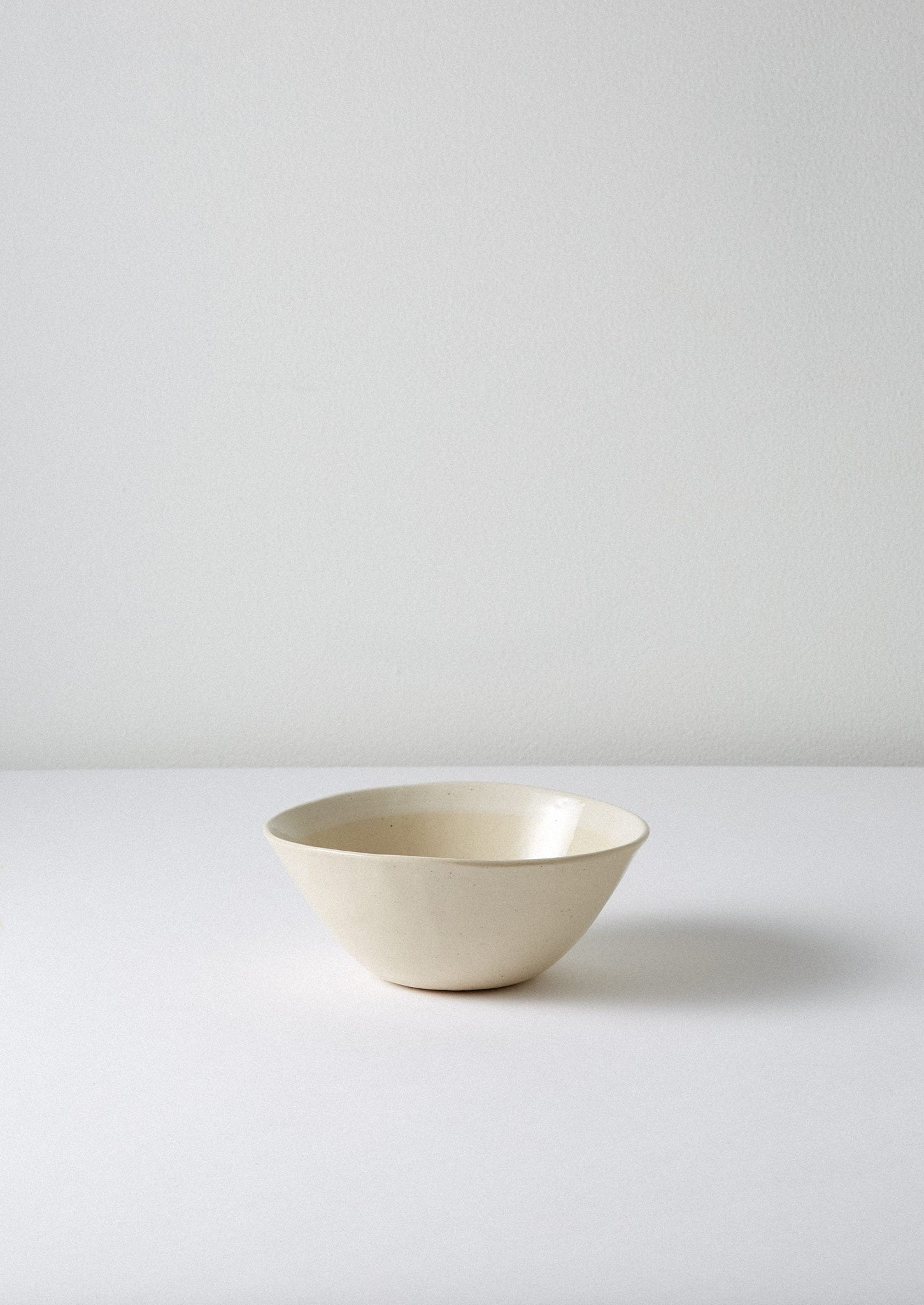 Wonki Ware White Wash Pudding Bowl | Natural/White ?id=16768506232866