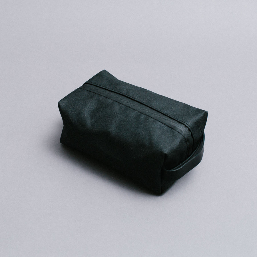 Vel-Oh Waxed Cotton Wash Bags - Black
