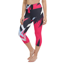 Load image into Gallery viewer, Abstract Yoga Capri Leggings