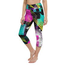 Load image into Gallery viewer, 80s Retro Print Yoga Capri Leggings