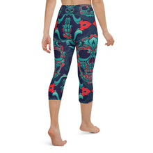 Load image into Gallery viewer, Skull Yoga Capri Leggings