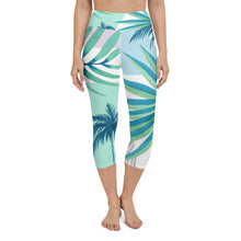 Load image into Gallery viewer, Tropical Floral Print Yoga Capri Leggings