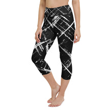 Load image into Gallery viewer, Stripe Yoga Capri Leggings