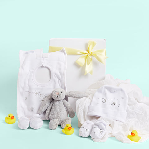 Love & Cuddles Unisex Baby Hamper