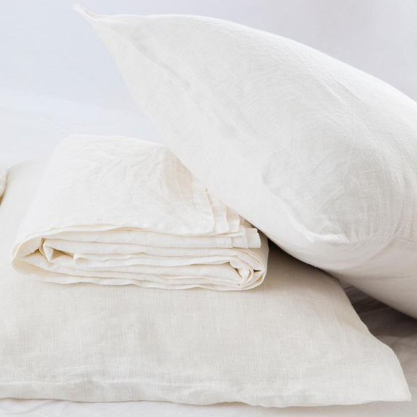 VINTAGE WHITE - FLAX LINEN SHEET SET.