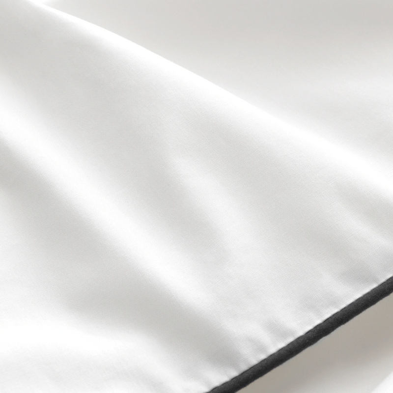 PIPED DREAMS - WHITE BED SHEETS SET.