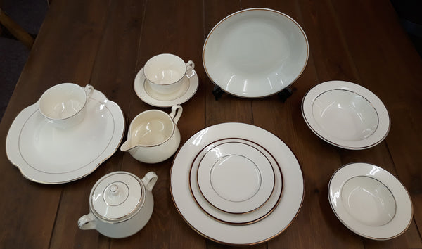 Dishes - HL - Ivory with Gold Trim