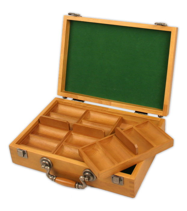 Wooden oak poker chips case with trays and room for 300 poker chips