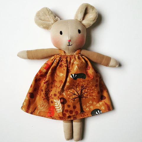 Woodland Mouse with Autumn pinnie
