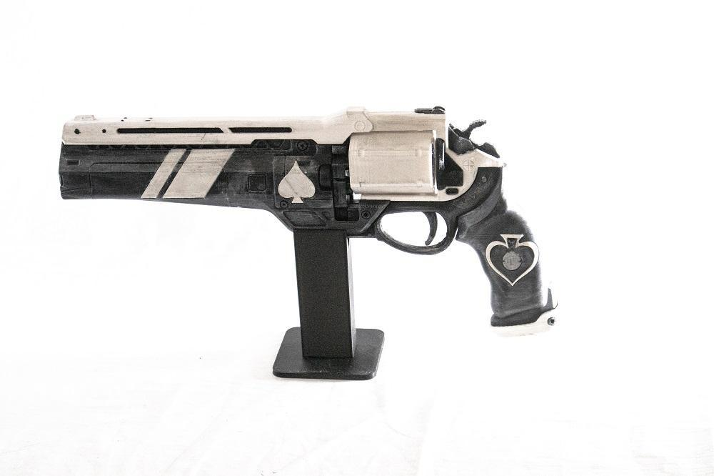 Ace of Spades Hand Cannon from Destiny-Gaming Gains