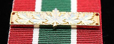 Canadian Multiple Rotation Bar, Gold 5 Maple Leaf, Reproduction