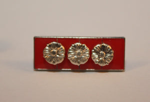 Lapel Pin, Canadian Forces Decoration with Three Rosettes