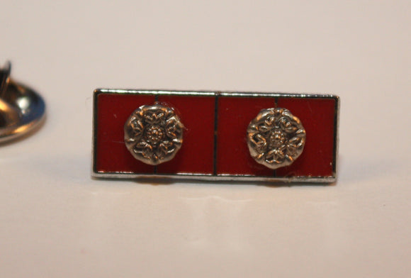Lapel Pin, Canadian Forces Decoration with Two Rosettes