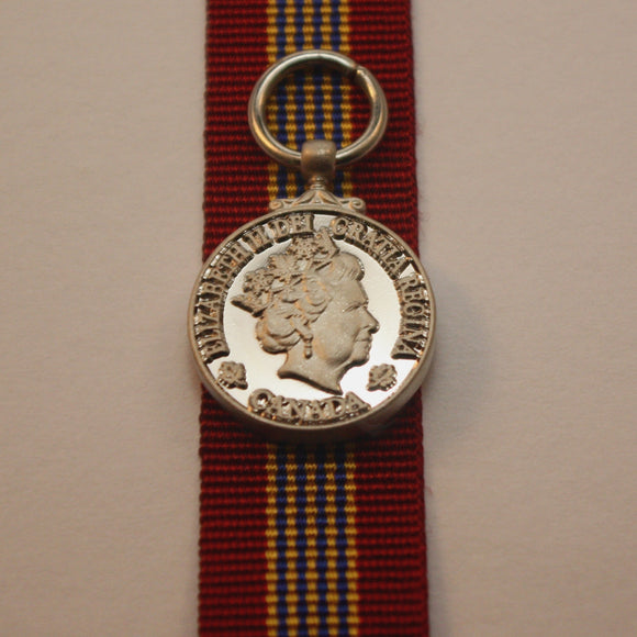 Canadian Sovereign's Medal for Volunteers, Miniature
