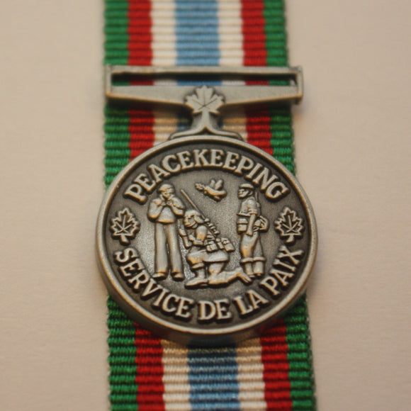 Canadian Peacekeeping Service Medal, Miniature