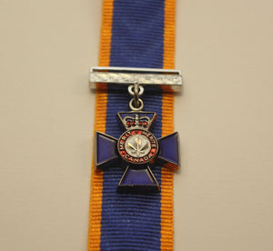 Canadian Order of Military Merit, Member, Miniature