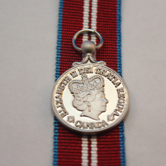 Queen's Diamond Jubilee (2012) Medal, Miniature