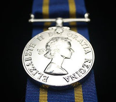 RCMP Long Service Medal (French Version), Reproduction