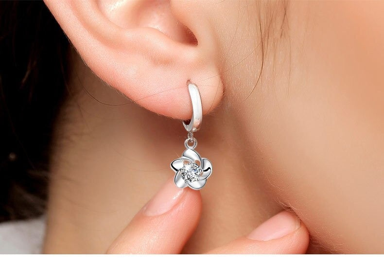 Silver color Plum blossom Flower Clear CZ Stud Earrings for Women Kids Jewelry Valentine's Day Gift butterfly earrings