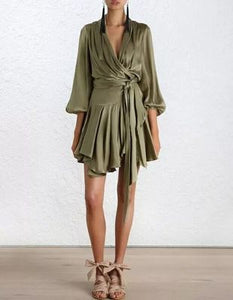 Luxury brands Sexy Beach Casual Runway Dress 2019 Summer New Style Lrregular ruffles Bandage Lady Loose Satin Clothing