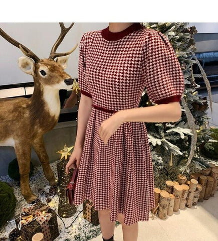 2020 Spring Houndstooth Knitted Mini Dress Women Short Sleeve O-neck Vintage Korean Pleated Dresses Fashion Elegant Vestidos