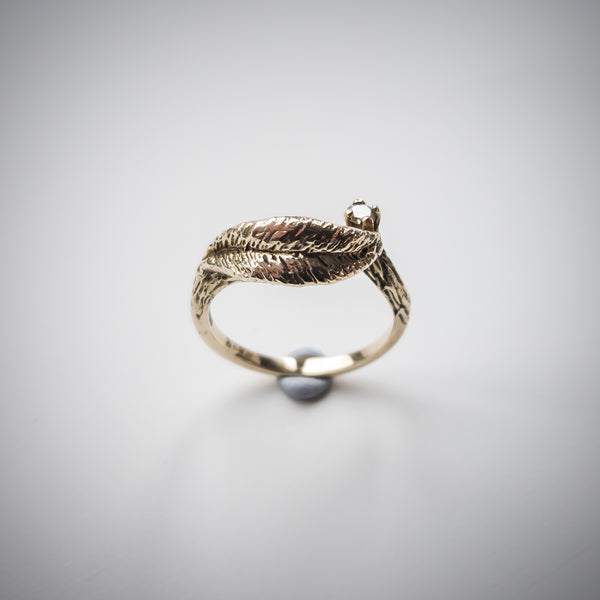 9k Gold & Diamond Leaf Ring