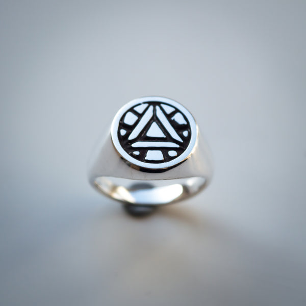 Iron Man Ring - Arc Reactor Design - Sterling Silver Signet Ring