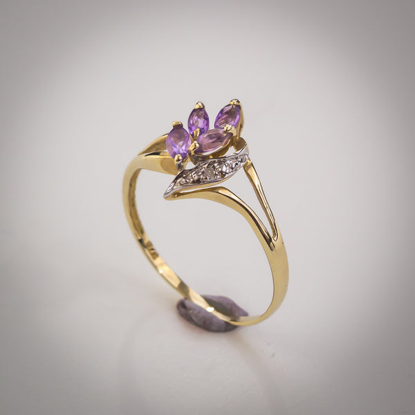"9k Gold, Amethyst and Diamond Ring - Size ""O"""