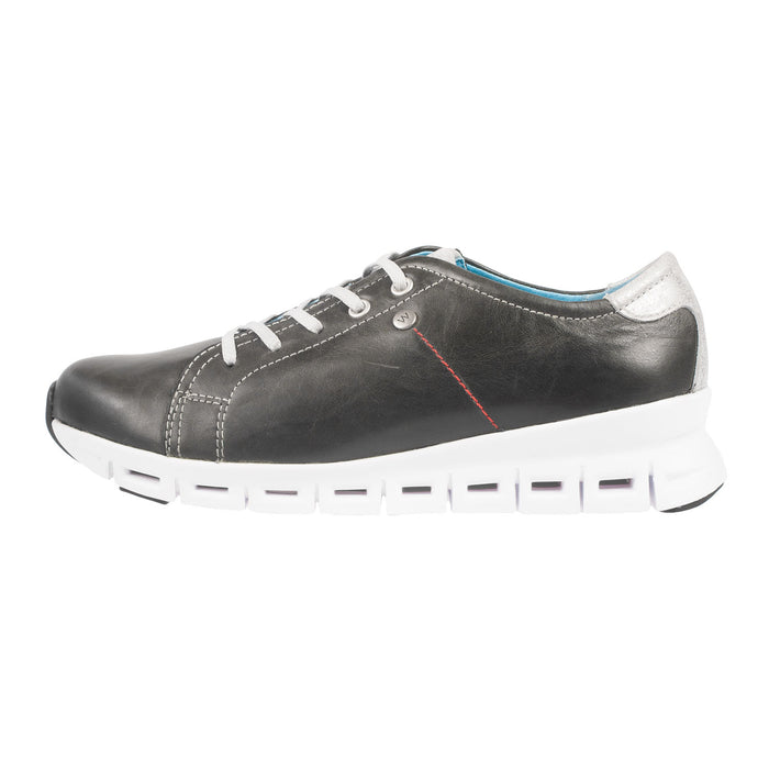 Women's Mega Leather Lace Up Shoe