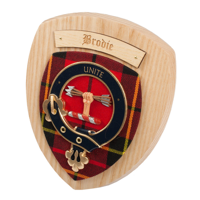 Clans Of Scotland Wooden Crested Wall Plaque Ish Tartan Crests Brodie
