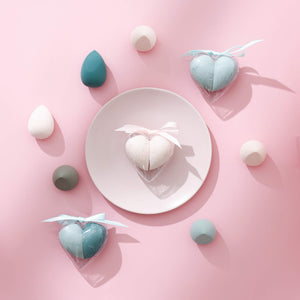 ColorsCalendar-MakeupSponge-Heartshaped-AllProducts