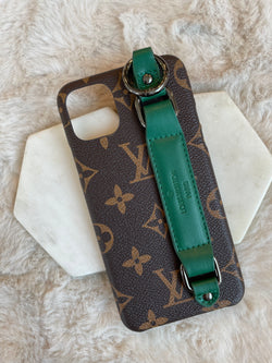 VINTAGE GREEN HANDLE CASE