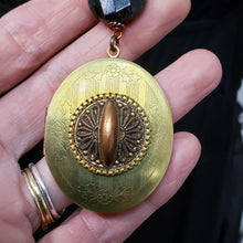 Load image into Gallery viewer, Vintage Locket necklace Astrophylite