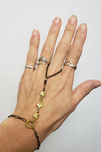 Vintage link hand chain