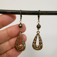 Load image into Gallery viewer, Brass filigree drop earrings