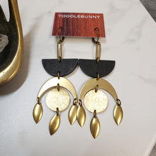 Load image into Gallery viewer, Geometric Moon drop earrings