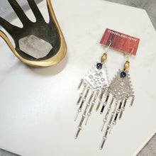 Load image into Gallery viewer, Royal blue eye fringe earrings