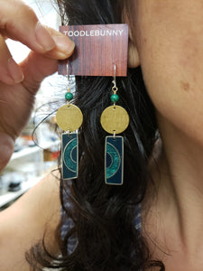 Mixed metal geometric drop earrings