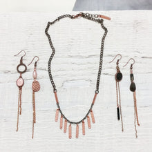 Load image into Gallery viewer, Mixed Metal Fringe Necklace
