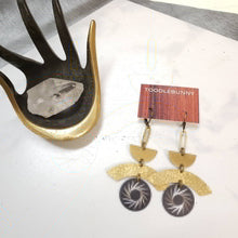 Load image into Gallery viewer, Brass geometric Starburst earrings