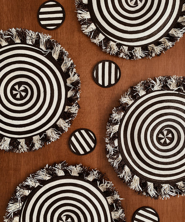 Zenu Place Mat and Coaster Set of 4