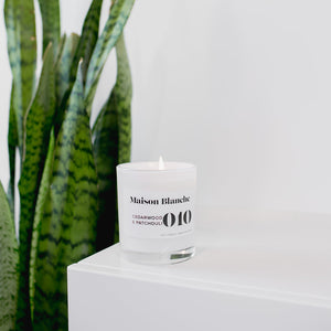 010 Cedarwood & Patchouli Large Soy Candle 400g