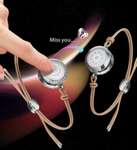 Couples long-distance love bracelet with smart remote sensing
