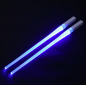 Glowing lightsaber chopsticks are the only correct way to eat sushi in Star Wars geeks Send a set of batteries