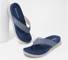 Laden Sie das Bild in den Galerie-Viewer, Spenco Orthotic Thong Sandals - Newport Cheetah