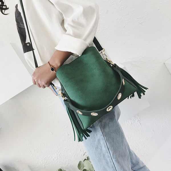 Classic bucket shoulder bag Army Green