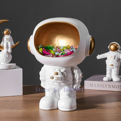 Creative Astronaut Decoration