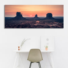 Load image into Gallery viewer, Monument Valley Sunrise